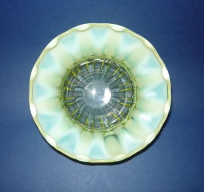 Fine Victorian Stourbridge Vaseline Glass bowl c1880